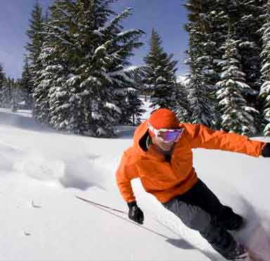 Ski adventures close to US cities