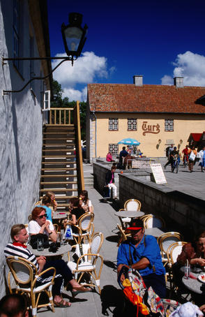 Holiday makers enjoy Kuressaare and its cafe scene