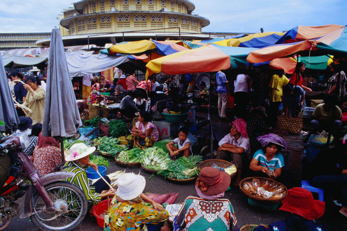 The colourful stalls of New Market in Phnom Penh