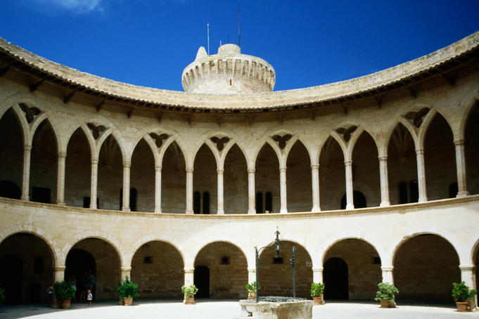 Castell de Beliver, 14th century castle set in parklands, circular courtyard.