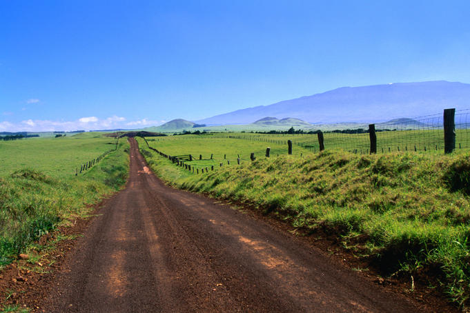 Wide open spaces and a view of Mauna Kea (4205m) from the road leading through Parker Ranch.