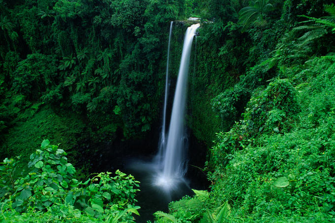 Fuipisia Falls (55m) on the Mulivaifagatola River.