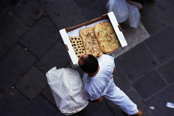 Delivering foccacia in Venice