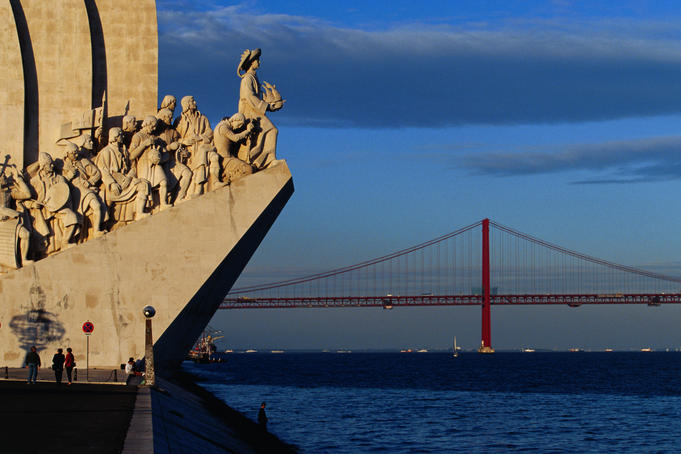 Monument of Discoveries (Padrao dos Descombrimentos).