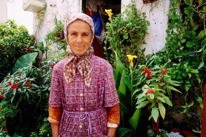 Elderly woman, Plaka.