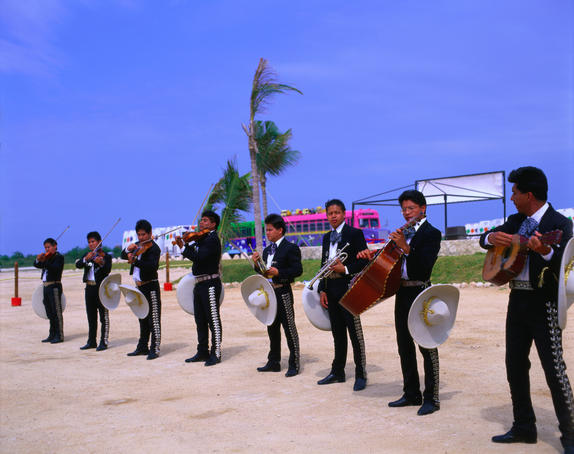 Calica harbor with Mexican musicians