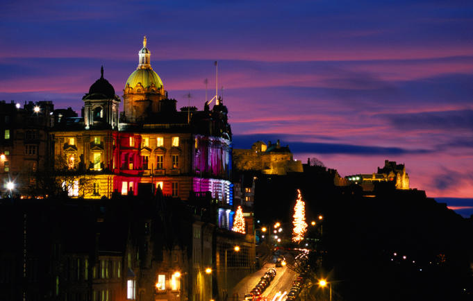 Bank of Scotland building on the Mound and Edinburgh Castle.