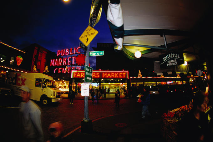 Exterior of Pike PLace Market at night.