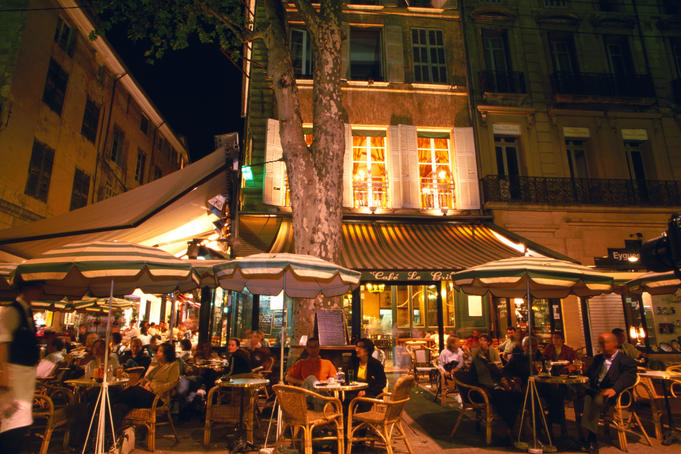 Cafe on Cours Mirabeau, Aix-en-Provence.