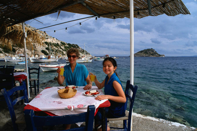 Alfresco dining on Zakynthos - Ionian Islands