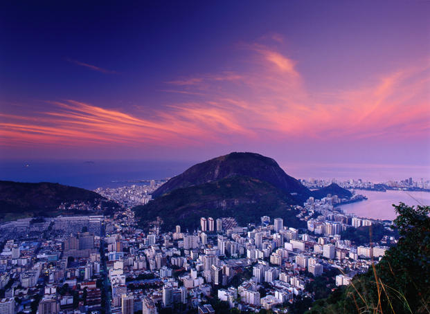 Districts of Lagoa, Copocabana and Ipanema at dawn.