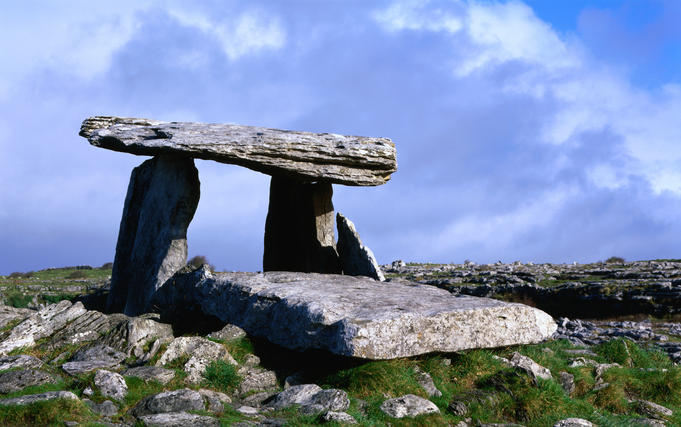 Limestone plateau of Pouhabrone Dolmen, Lower Shannon.