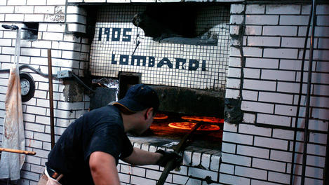 Lombardi's Pizza, Little Italy.