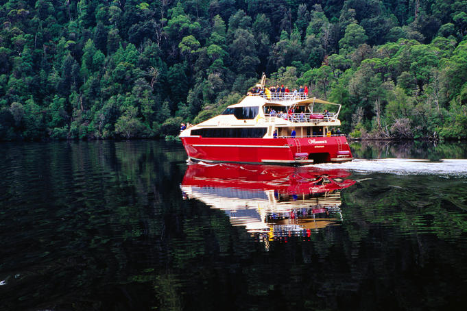 Cruise boat on Gordon River.