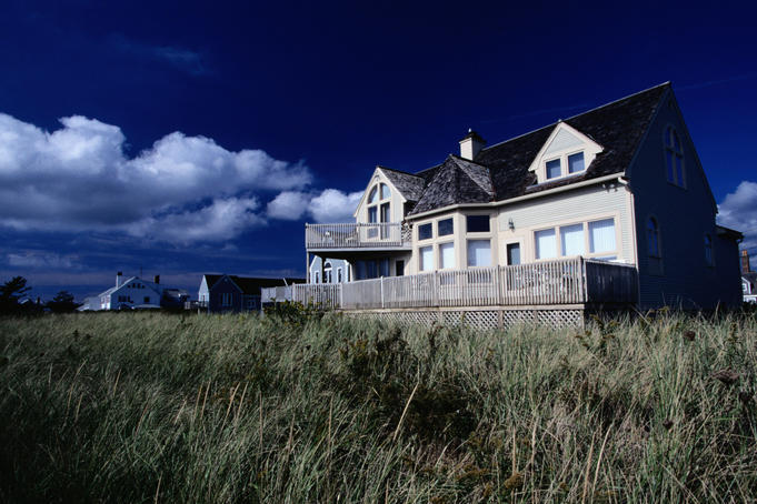 Cape Cod architecture: a house on the plains - Cape Cod, Maine