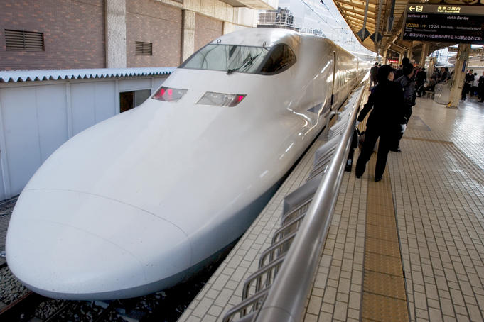Bullet train bound for Kyoto at Tokyo station.