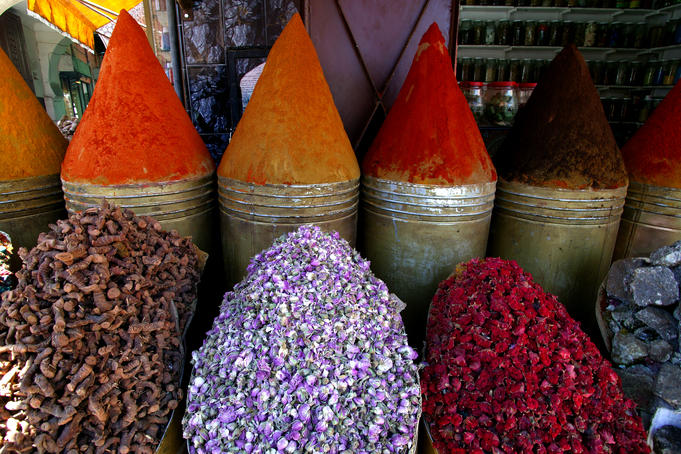 Conical piles of spices at the Herborist al Bahia.