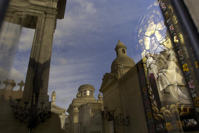 Tombs at Cemeterio de la Recoleta.