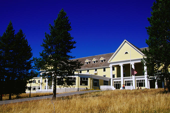 Yellowstone national park image gallery lonely planet for Hotels yellowstone national park