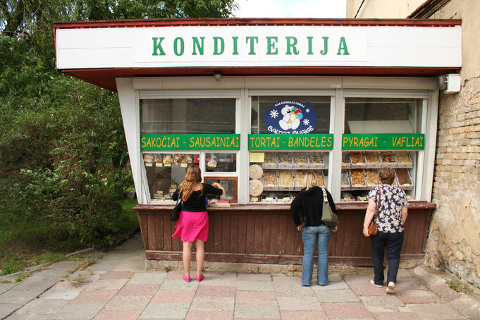 Kiosk selling Lithuanian baked goods.