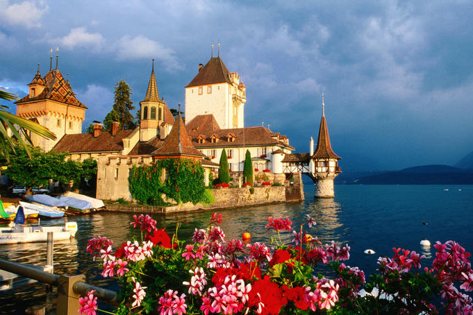 Oberhofen Castle, Lake Thun.