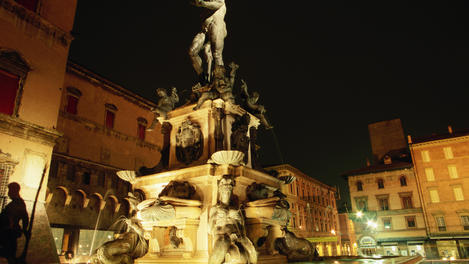 Neptune Fountain, Bologna