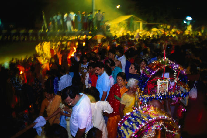 Crowds at Thaipusam festival.