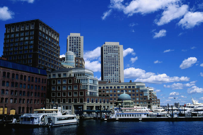 Waterfront: Rowes Wharf, Fort Point Channel area - Boston, Massachusetts