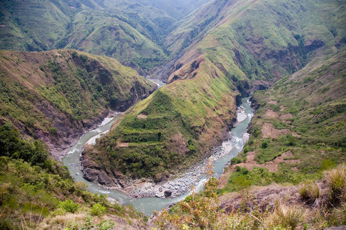 Scenery along the Chico River, near Bontoc, Mountain Province, Luzon Island, Philippines