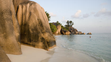 Granite Rocks, Anse Source D'Argent beach