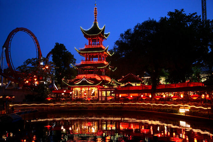 Chinese restaurant in Tivoli amusement park at dusk.