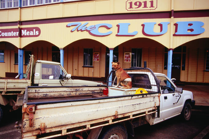 Ute in front of The Club Ravenshoe.