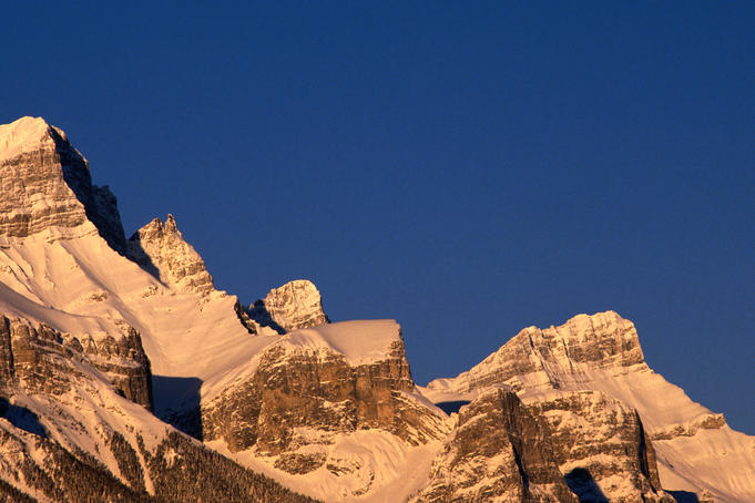 Morning at Rundle Mountain.