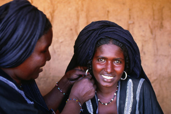 Portrait of Tuareg women, near Agadez.