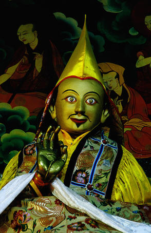 Statue of fifth Dalai Lama, Main Assembly Hall, Drepung Monastery.