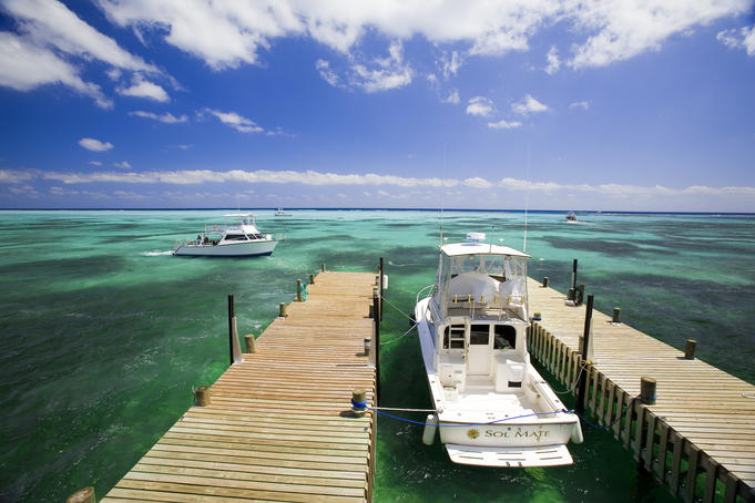 Dive Boats, Little Cayman Beach Club.