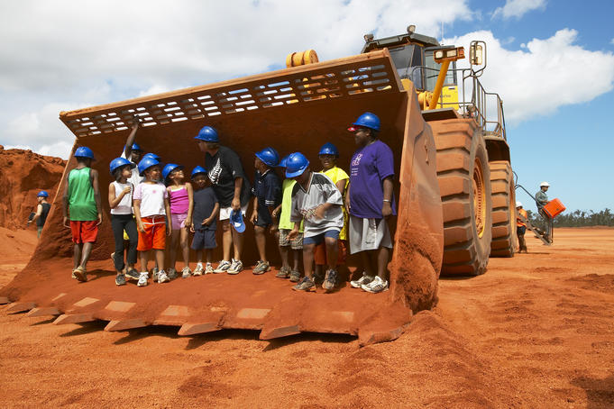 Big earth-moving machine at bauxite mine outside Weipa.