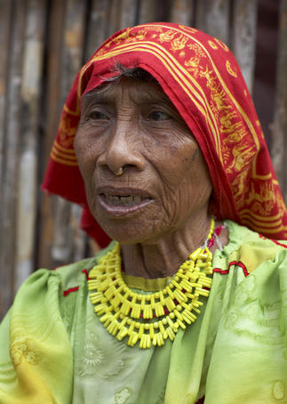 Portrait of senior Kuna woman.