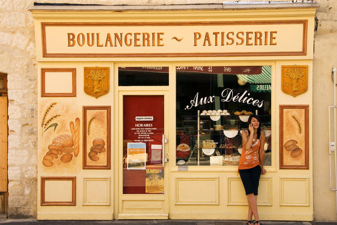 Woman at boulangerie patisserie at Villeneuve-les-Avignon.