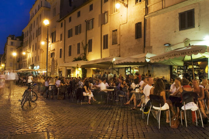 Crowd gathering in Campo de Fiori in Centro Storico, early evening.