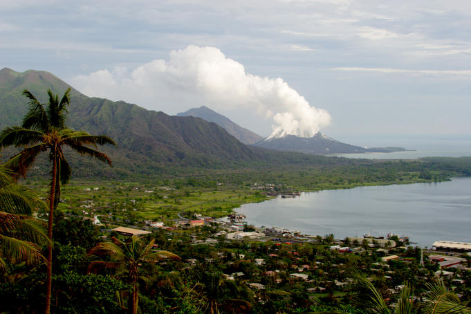 Simpson Harbour and Mt Tavurvur volcano from Rabaul Lookout.