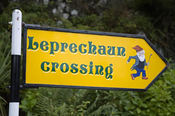 Leprechaun Crossing sign at Ladies View.