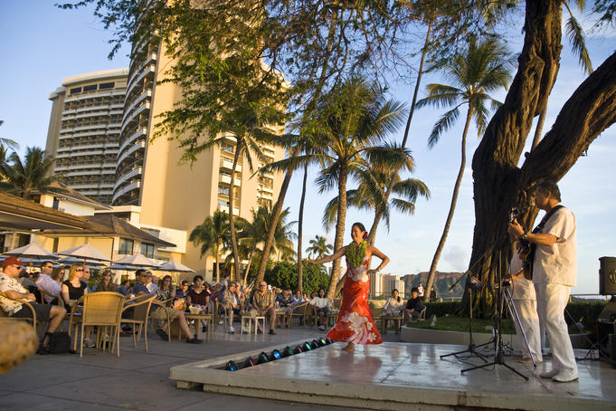 Hawaiian performance at The Halekulani Hotel.