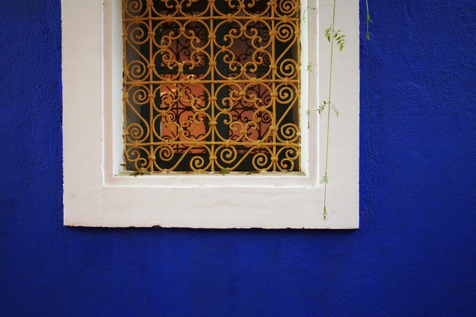 Window detail in villa in Majorelle Garden.