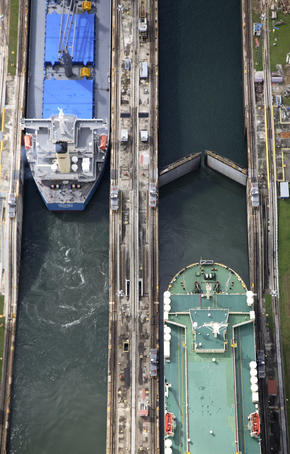 Aerial overlooking two vessels during manoeuvres in Gatun Locks, Panama Canal.