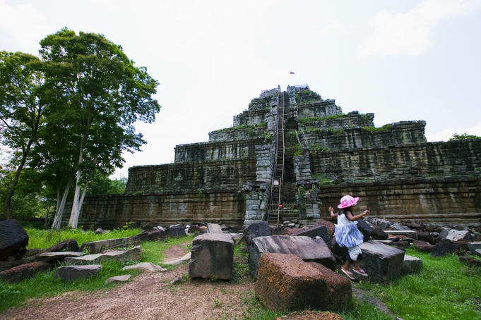 Temple monument, Koh Ker.