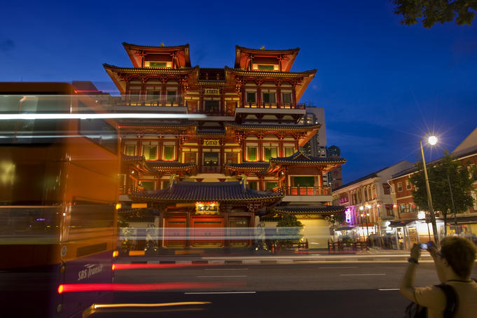 Buddha Tooth Relic Temple, Chinatown.