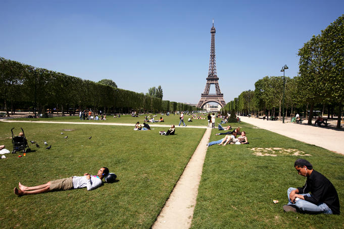 Parc du Champ de Mars with Eiffel Tower in background.