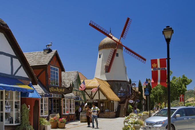 Windmill imitation and shops along Alisol Road in Danish Village.