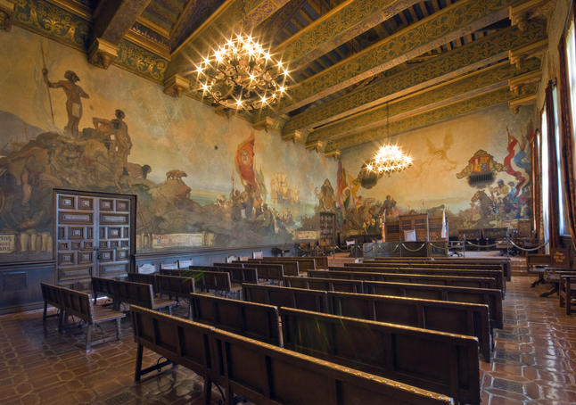 Santa barbara usa lonely planet for Mural room santa barbara courthouse